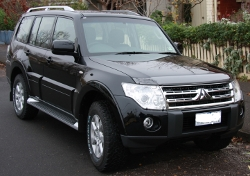 Pajero_highlighted